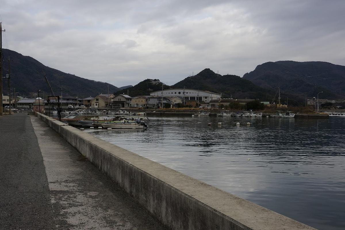 小豆島 エンジェルロード駐車場付近から富丘八幡神社