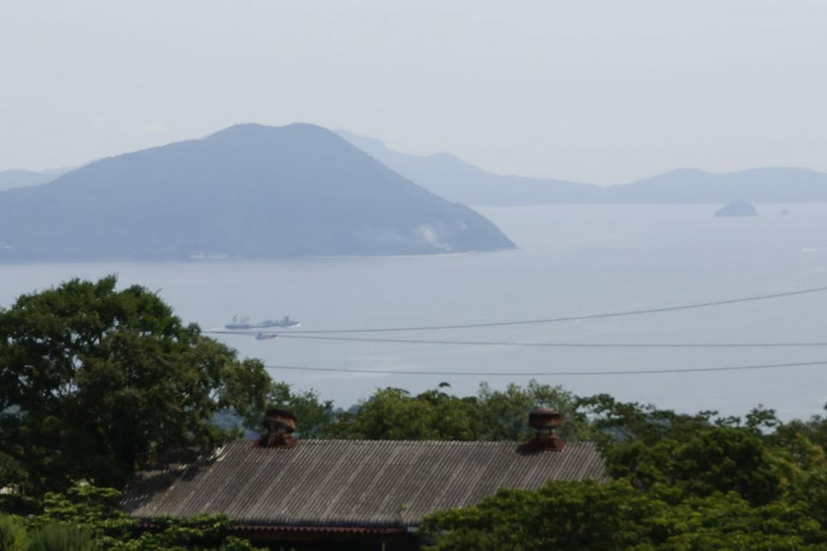 あじ竜王山公園から見た小豆島三都半島の狼煙