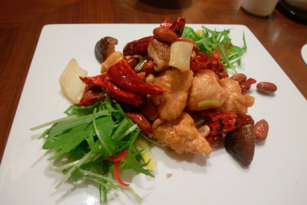 JRクレメント高松2F桃煌美味いもんコース オリーブ地鶏と本鷹唐辛子の四川風炒め