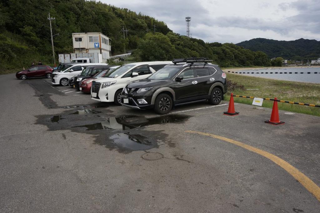 日本ドルフィンセンターの駐車場