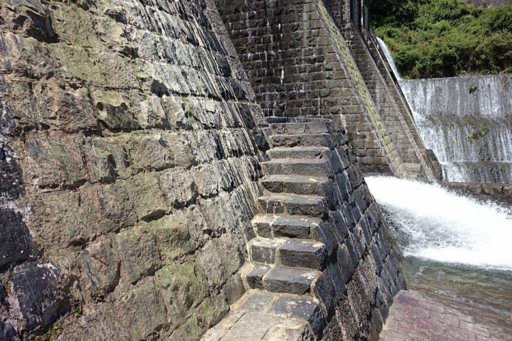 豊稔池ダム 中樋付近の石段
