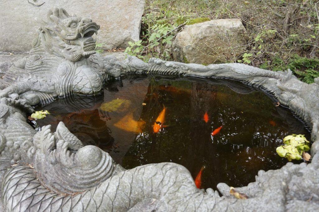 雲辺寺ロープウェイ 山麓駅の石碑