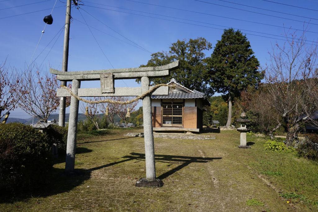 まんのう町造田天神社