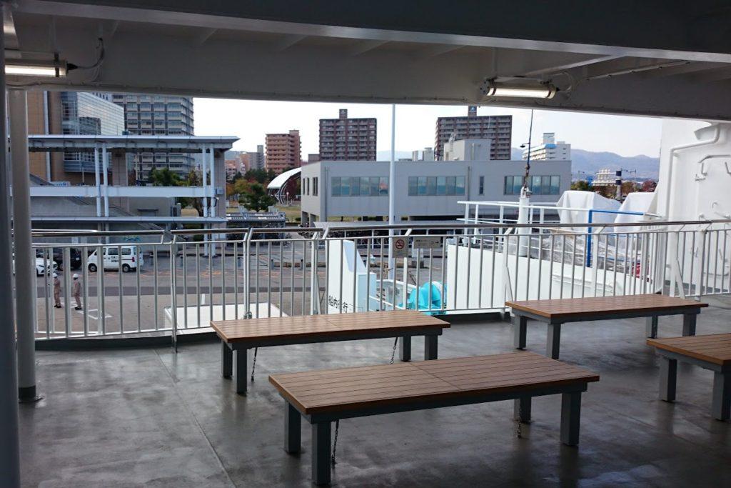 内海フェリー ブルーライン 2階デッキ