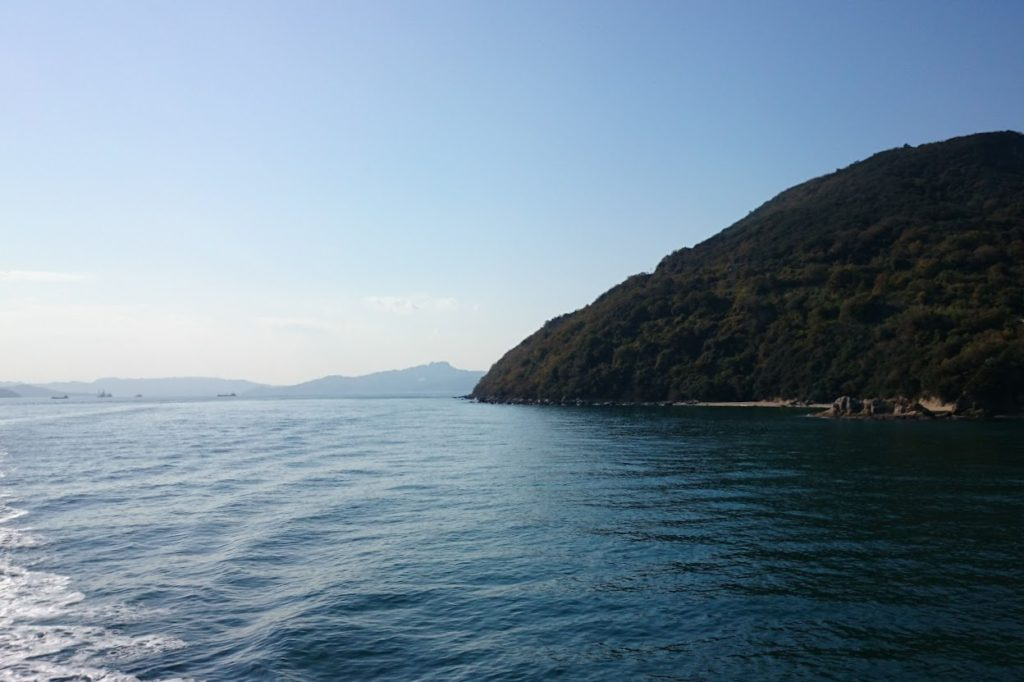 フェリーから見る小豆島三都半島