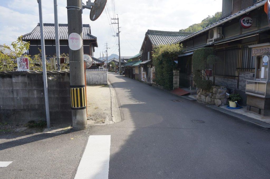 讃岐十景荒魂神社への道