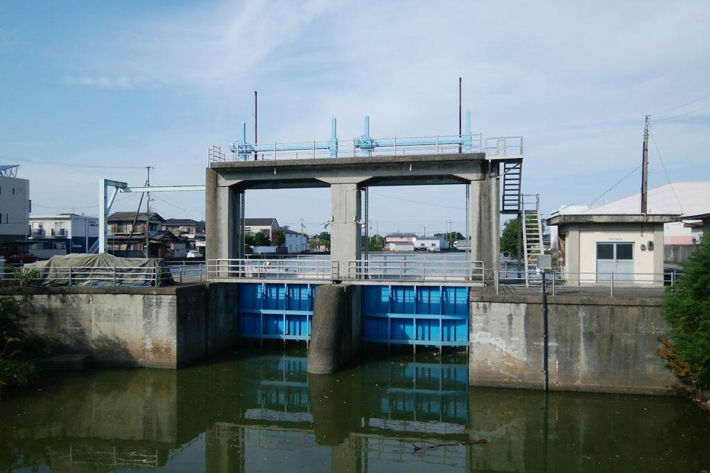 詫間町的場の水門
