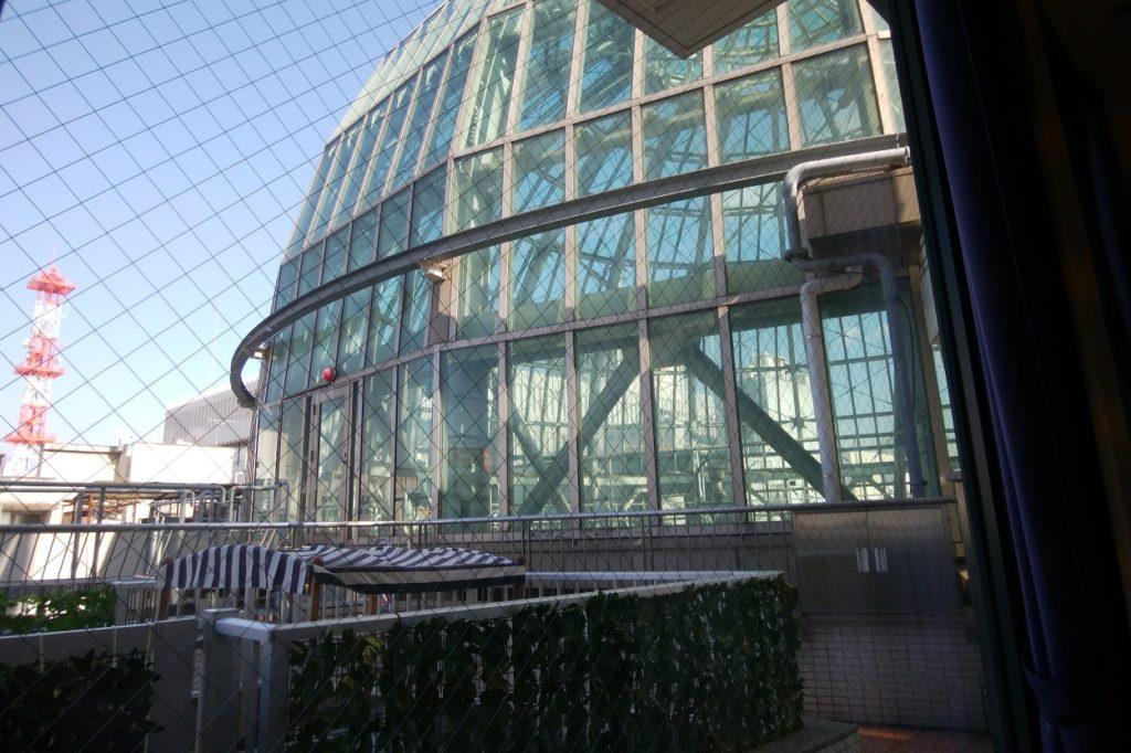 丸亀街SeaDragonの店内からドーム広場