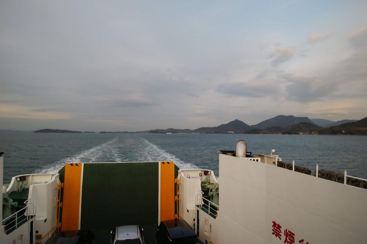フェリーから見る小豆島