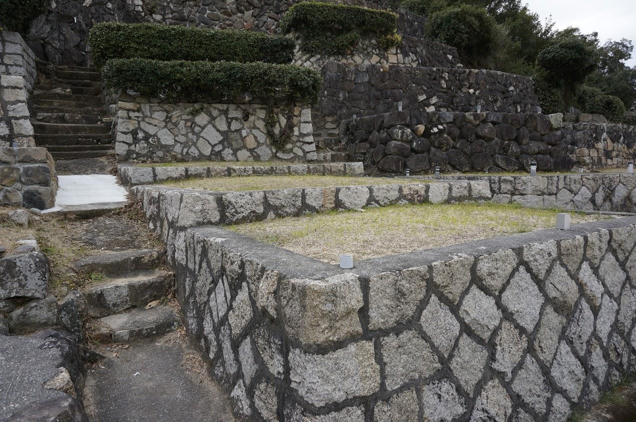 小豆島 土庄町指定文化財富丘八幡神社の桟敷