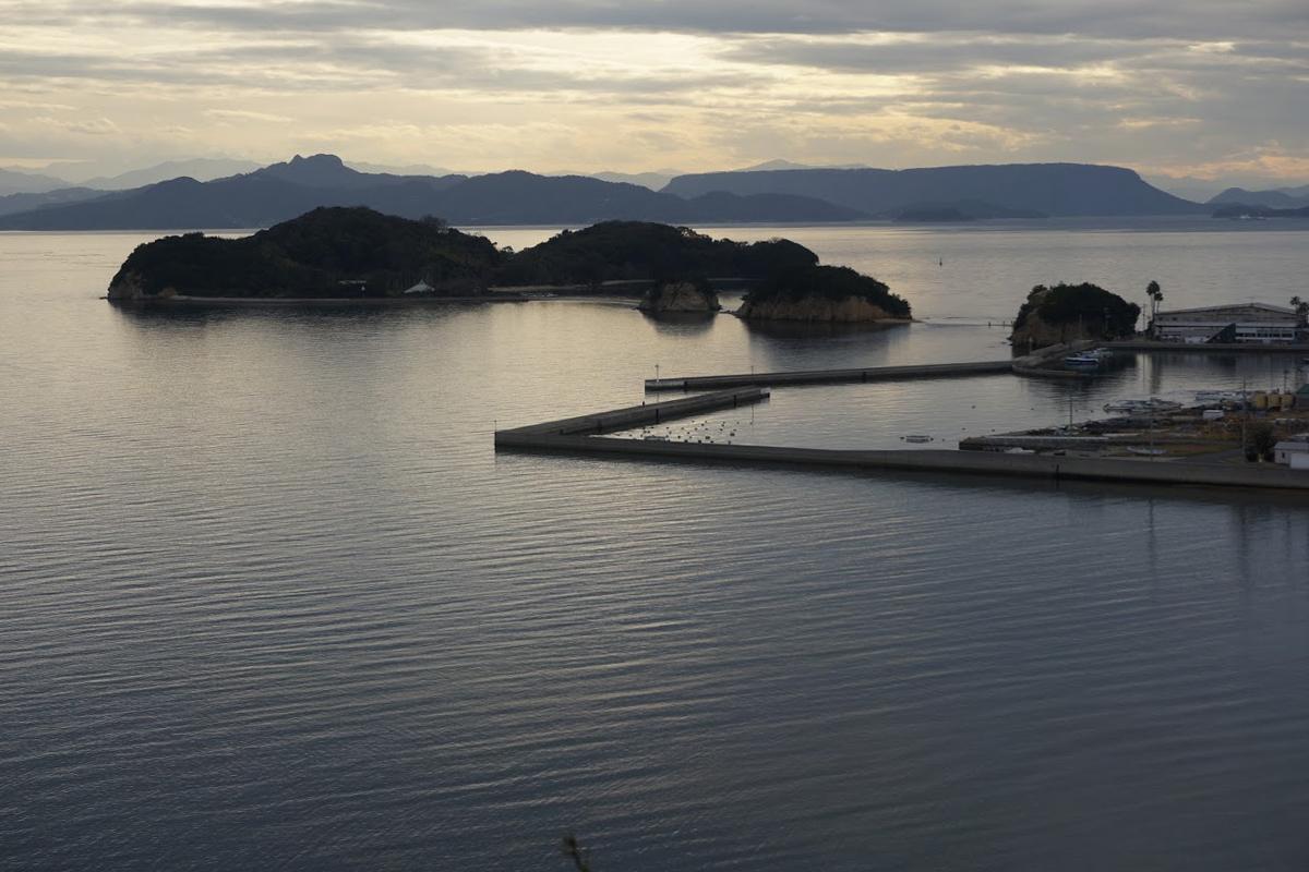 小豆島 富丘八幡神社 若潮の塔から見るエンジェルロード