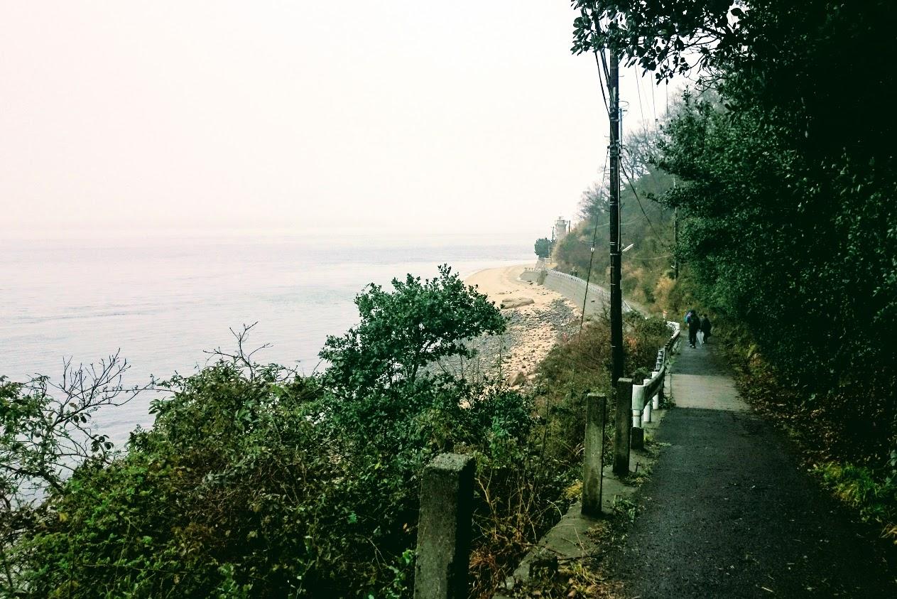 男木島灯台灯台までの道