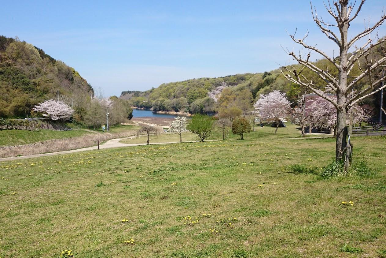 門入の郷水辺の公園