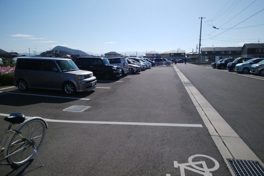 仏生山の森駐車場