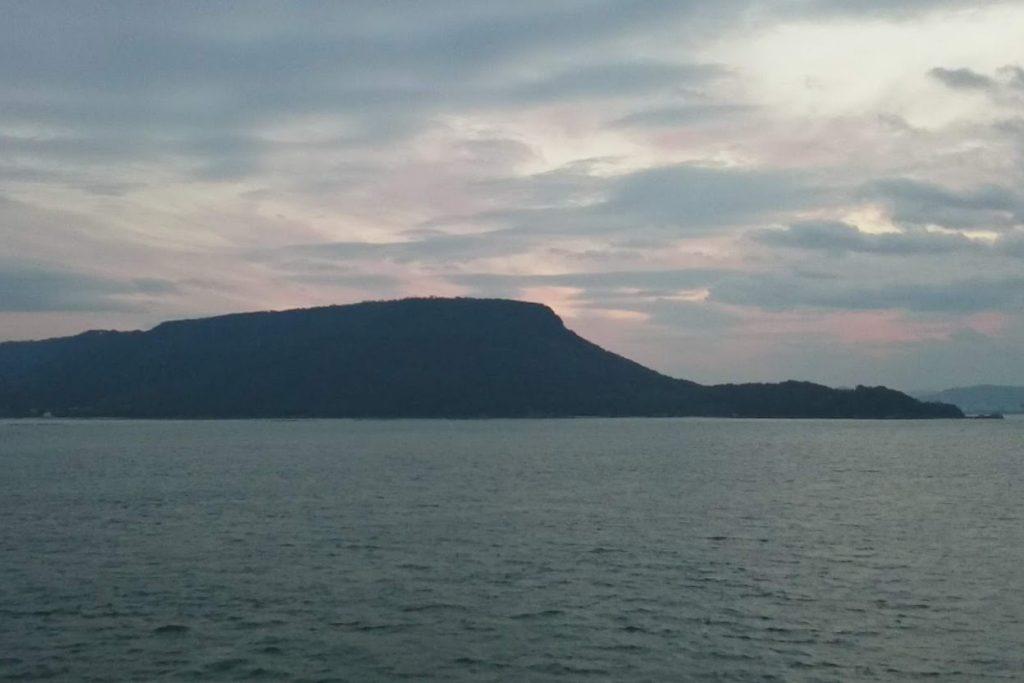 ブルーラインから屋島