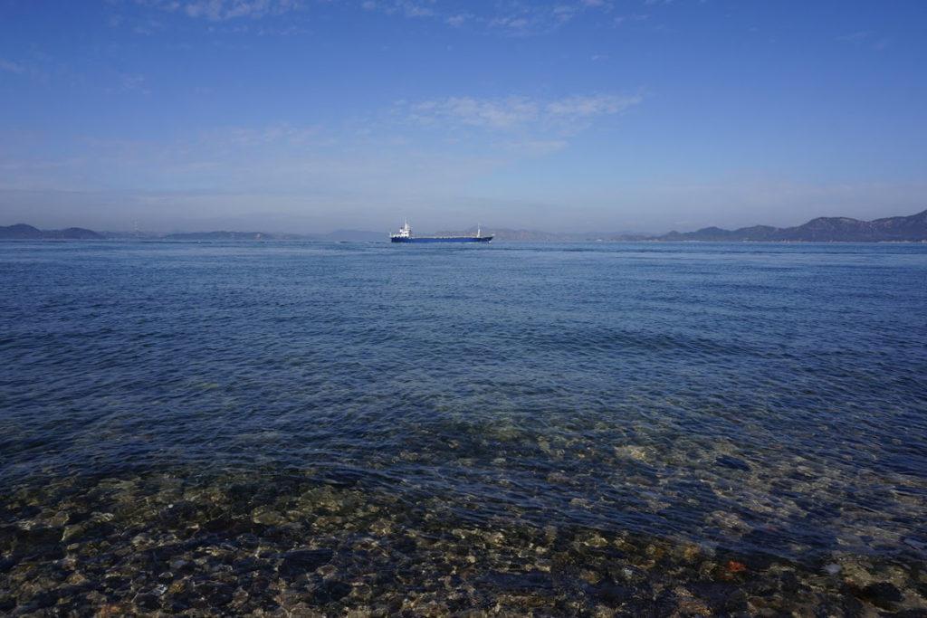 男木島灯台から岡山方面