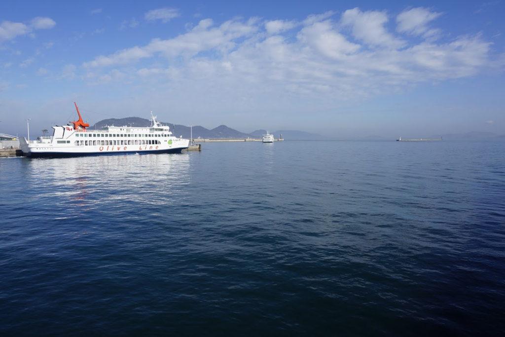 高松港のオリーブライン