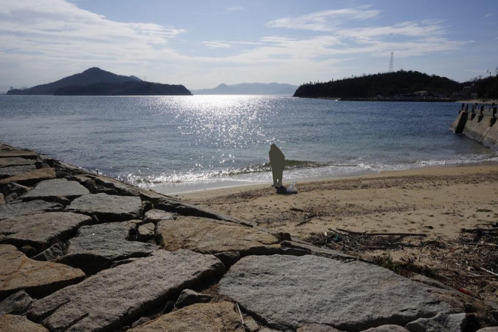 歩く方舟横の砂浜