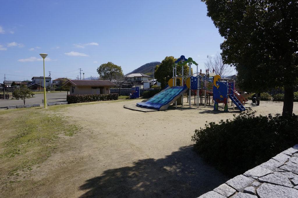 仏生山公園の子ども用遊具