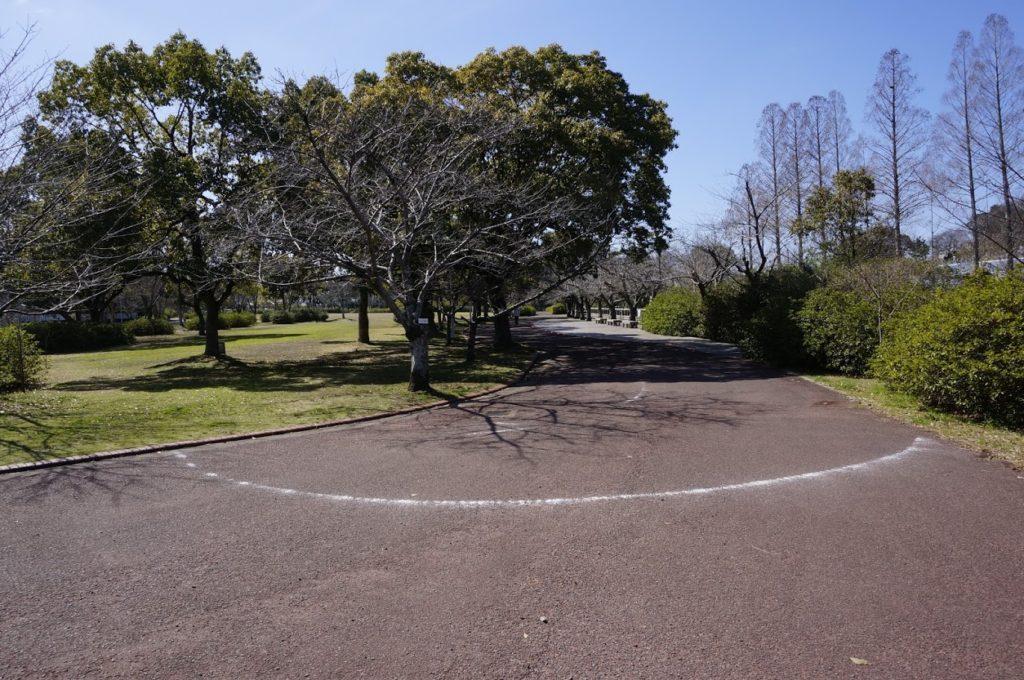 仏生山公園芝生広場