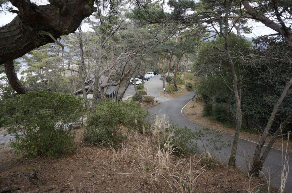 琴弾公園内銭形砂絵山頂展望台第一駐車場