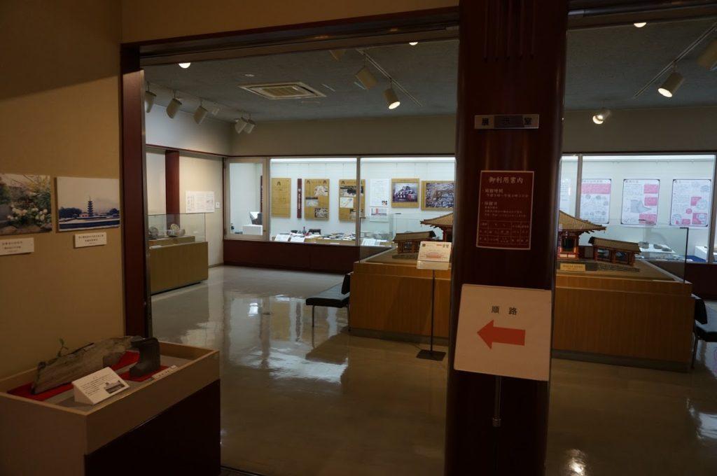 讃岐国分寺跡資料館エントランス