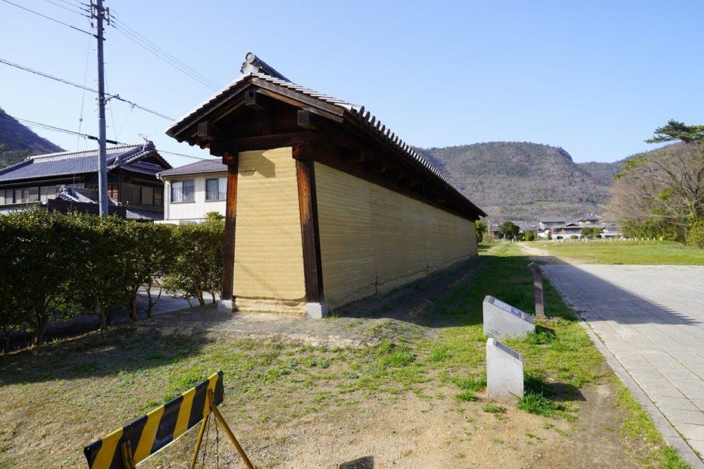 讃岐国分寺跡築地塀