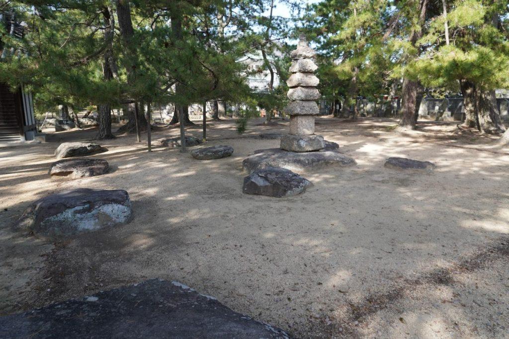 讃岐国分寺 七重塔礎石
