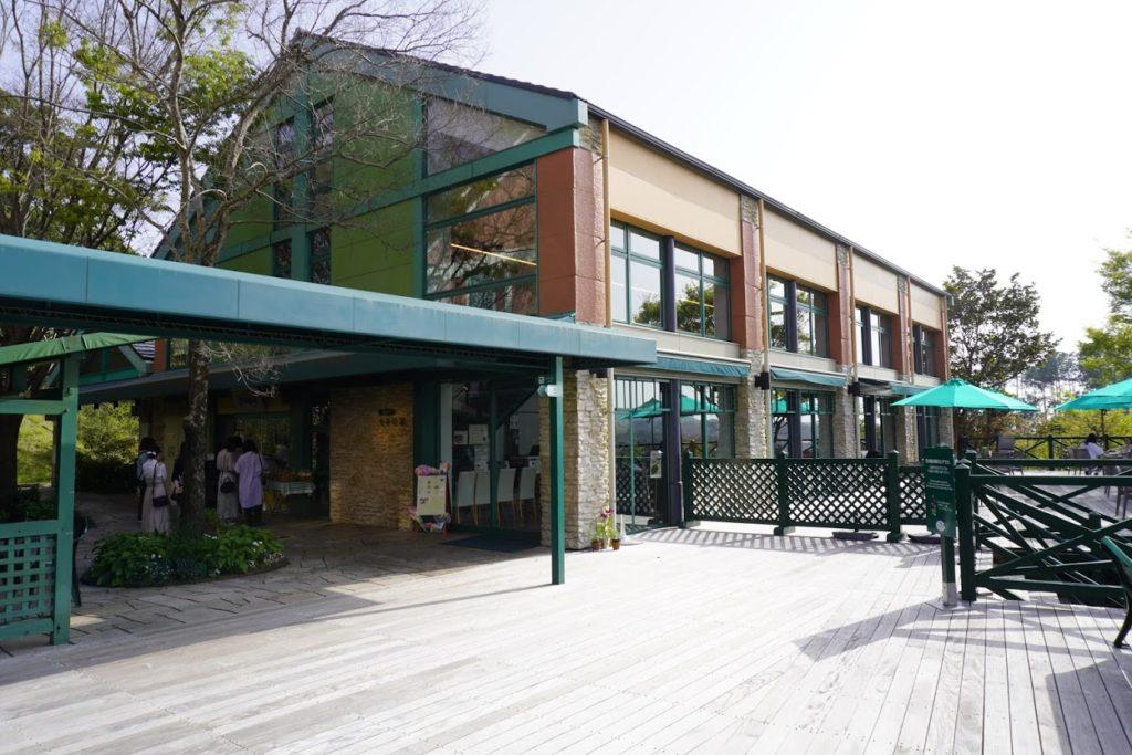 モネの庭のレストラン カフェ モネの家