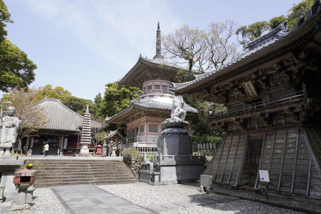 最御崎寺鐘楼堂、多宝塔、本堂
