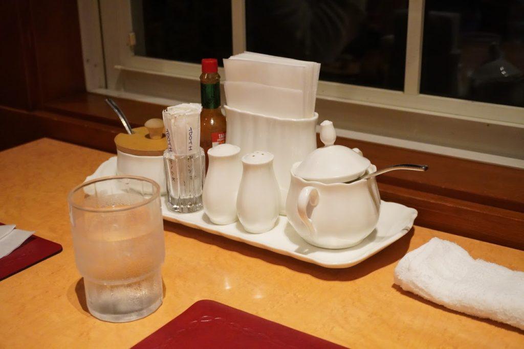 高知市スパゲッティハウスマッキーのテーブル