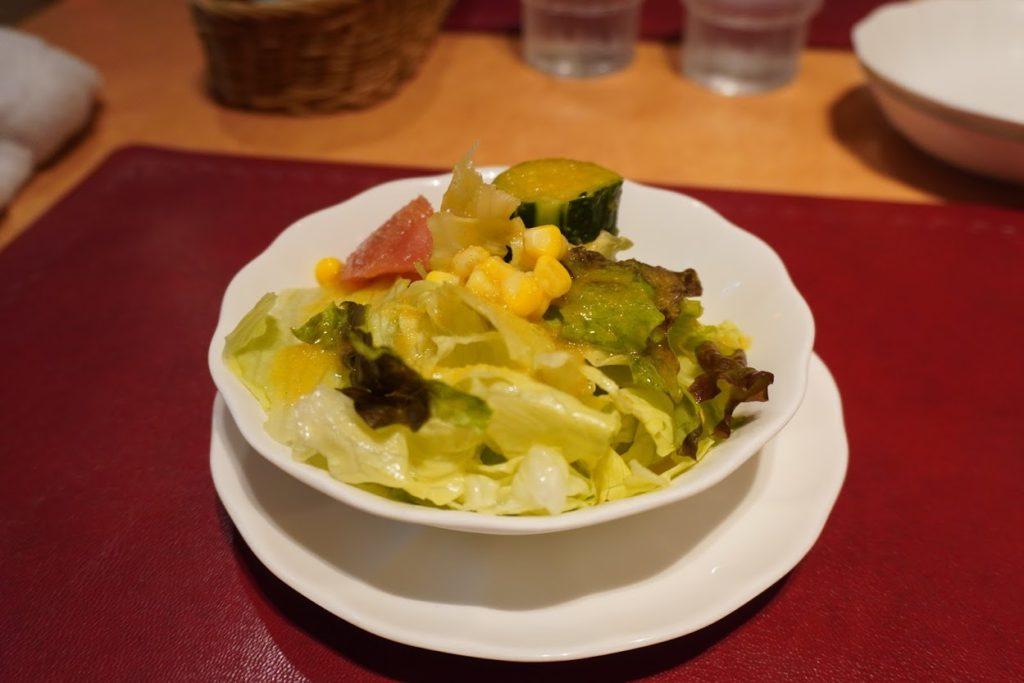 高知市スパゲッティハウスマッキーリッチコースのサラダ