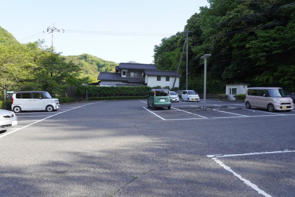 塩江美術館の駐車場