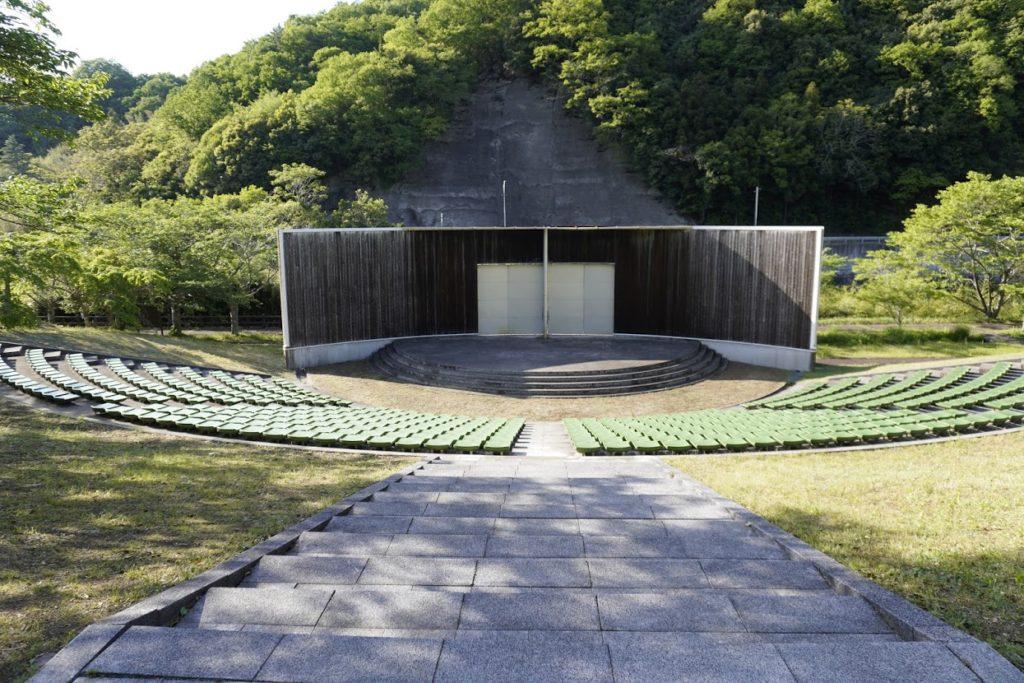 ホタルと文化の里公園の野外ステージ
