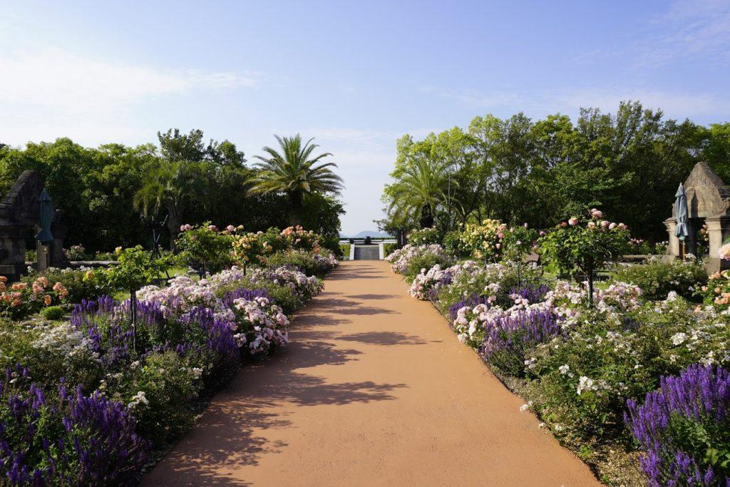 レオマ オリエンタルトリップ大バラ庭園 十二支展望台