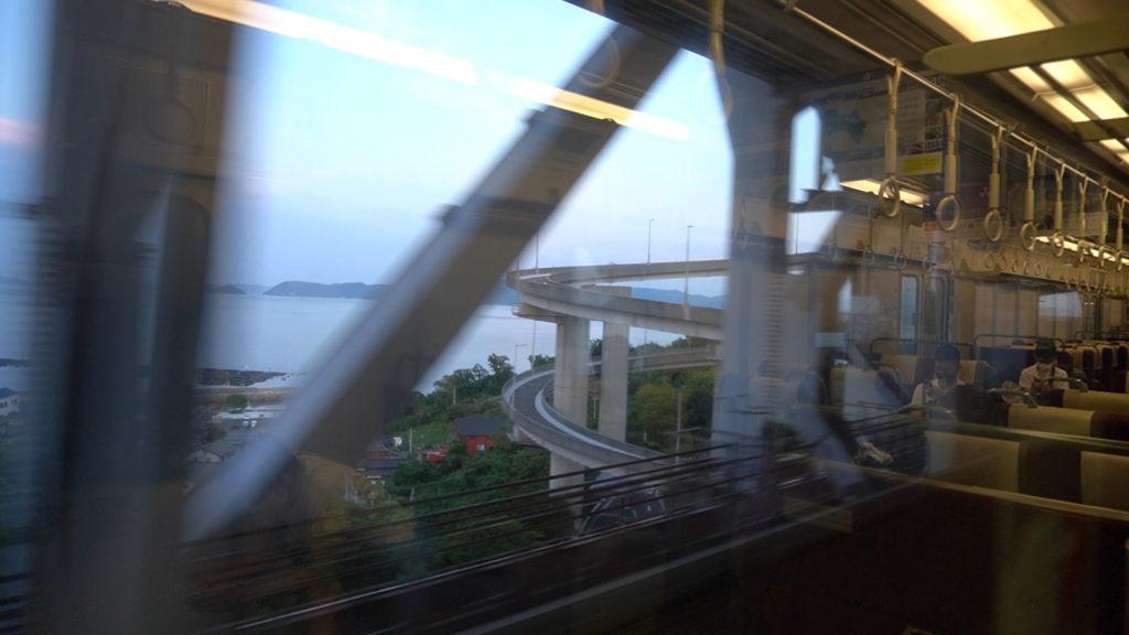 岩黒島ループ橋