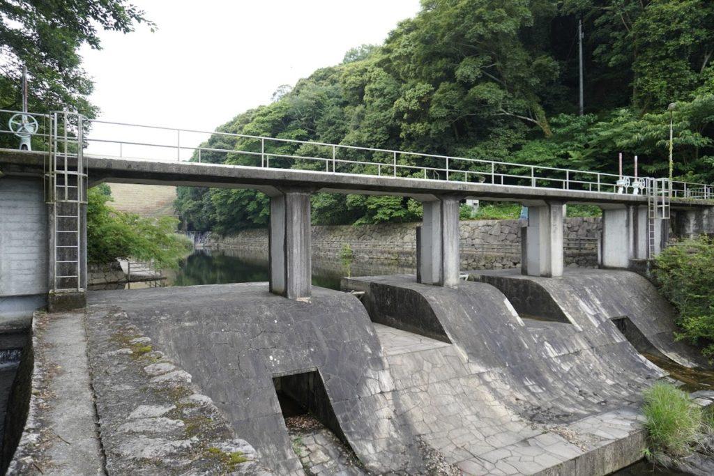 満濃池 分水樋門