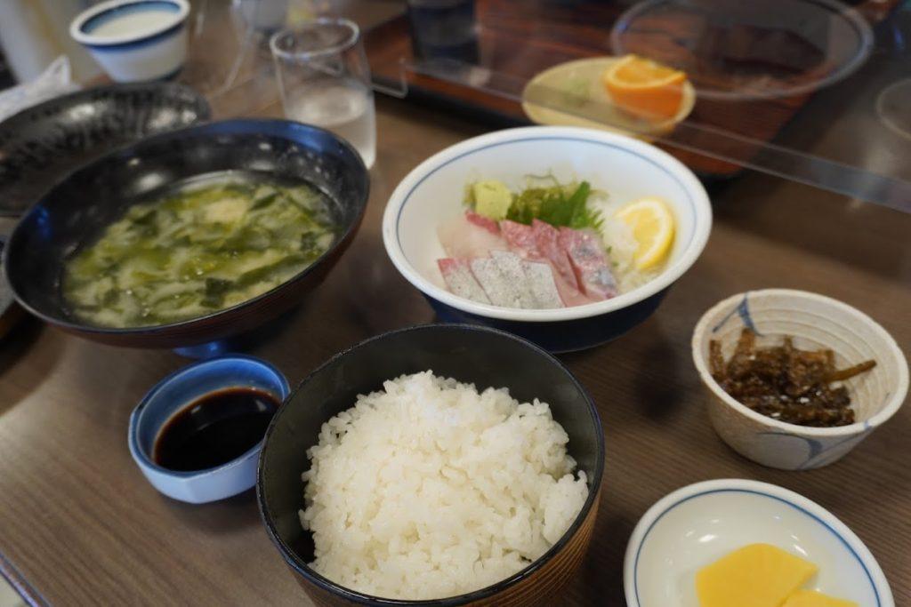 活魚料理讃岐屋 刺身定食