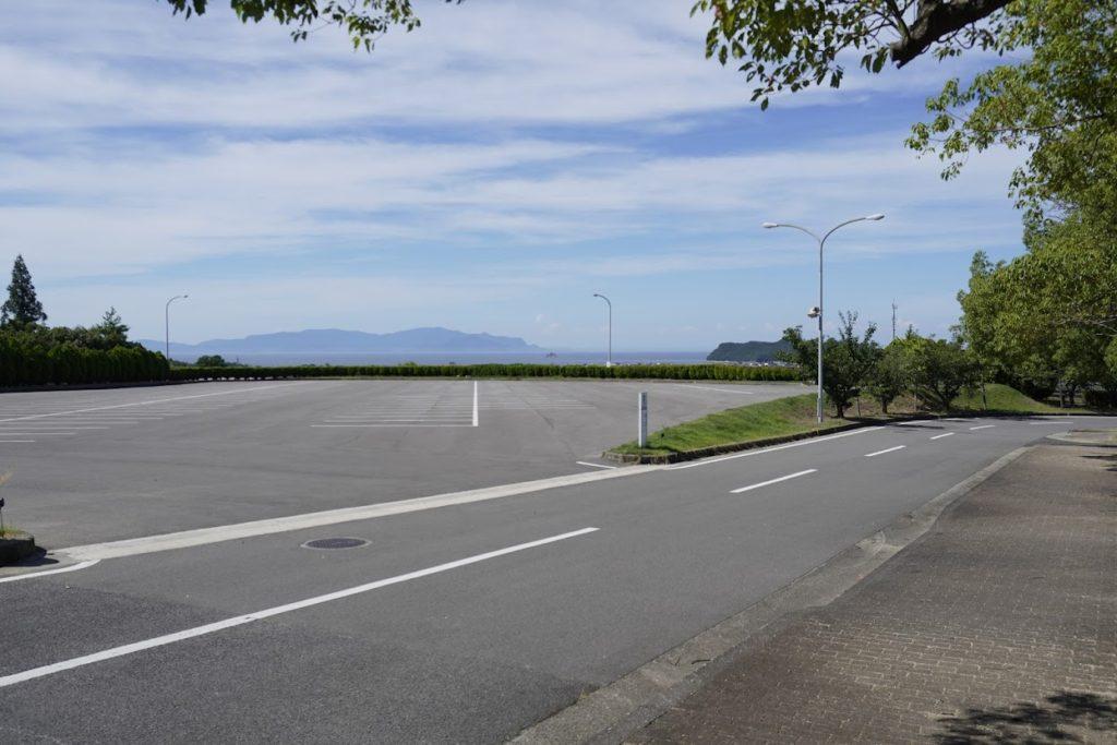 白鳥中央公園 駐車場 瀬戸内海が見える