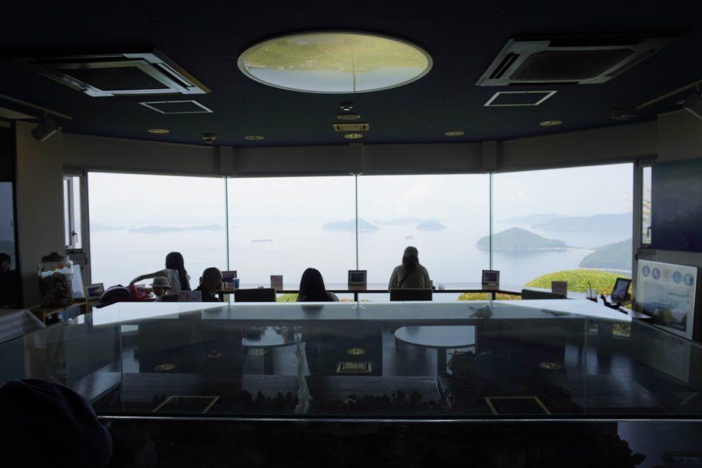 紫雲出山遺跡館のカフェ