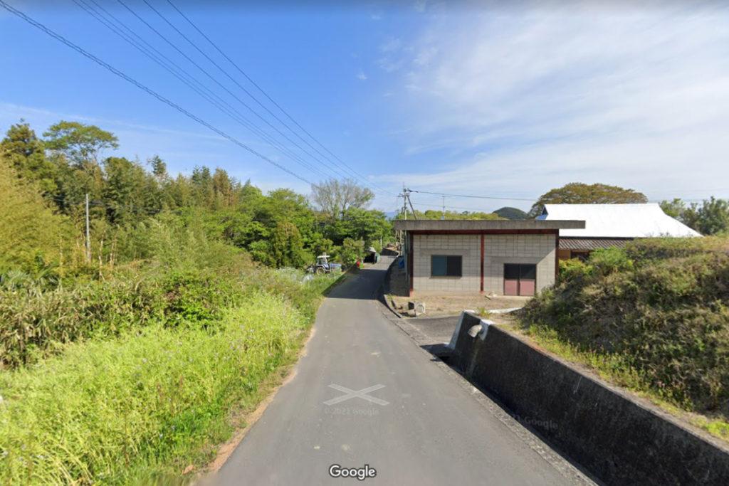香川県東かがわ市 山田海岸への道