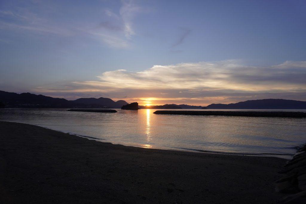 香川県東かがわ市 山田海岸の夕陽