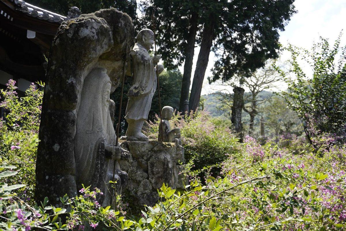 塩江最明寺に咲く萩の花